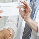 GKI: Hospital patients tip doctors $72 on average