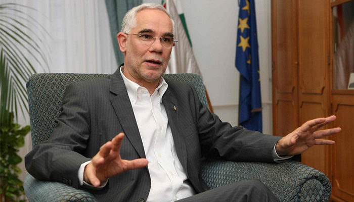 Minister Balog suggests officially segregating Roma schools