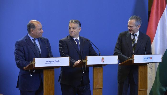 Orbán Viktor; Chakrabarti, Suma