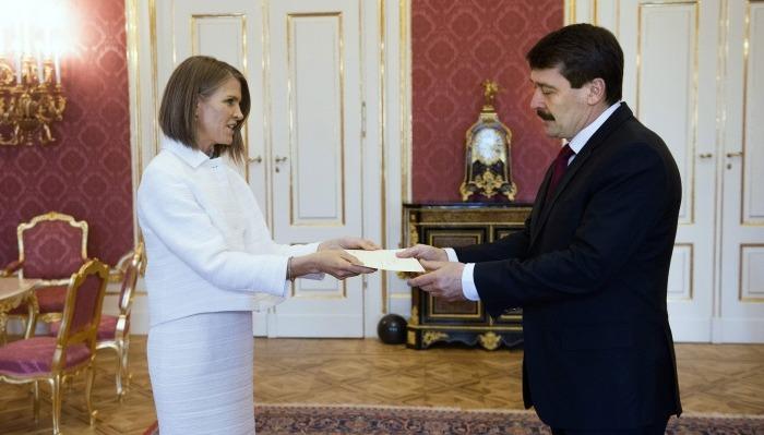 US Ambassador Colleen Bell and President of Hungary János Áder