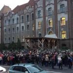 "Teleki Blanka teachers, students protest government ""arrogance and condescension"""