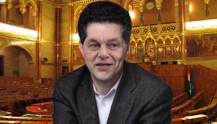 Viktor Orbán's face superimposed on András Schiffer's head.