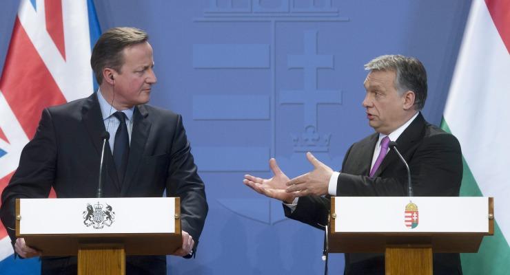 Budapest, 2016. január 7. Orbán Viktor miniszterelnök (j) és David Cameron brit kormányfõ a megbeszélésüket követõ sajtótájékoztatón a Parlamentben 2016. január 7-én. MTI Fotó: Koszticsák Szilárd