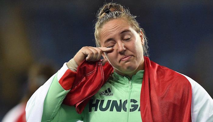 Rio de Janeiro, 2016. augusztus 13. Márton Anita a riói nyári olimpia női súlylökés versenyszámának eredményhirdetésén a Rio de Janeiró-i Olimpiai Stadionban 2016. augusztus 12-én. Márton Anita országos csúccsal bronzérmet nyert. MTI Fotó: Czeglédi Zsolt
