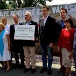 """Opposition leaders call for boycott of """"EU refugee settlement quota"""" referendum"""