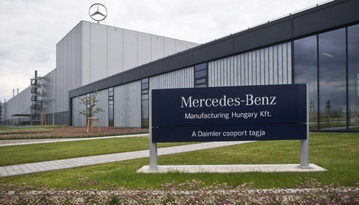 mercedes_benz-e1454665058174-1024x578