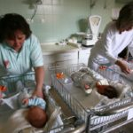 Hungary's natural population decline intensifies in first quarter of 2017 compared to previous year
