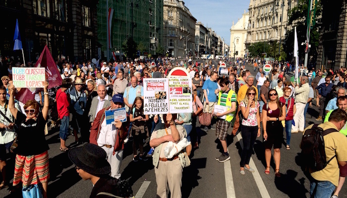 Opposition demonstration for media freedom in Hungary fails to draw large crowd