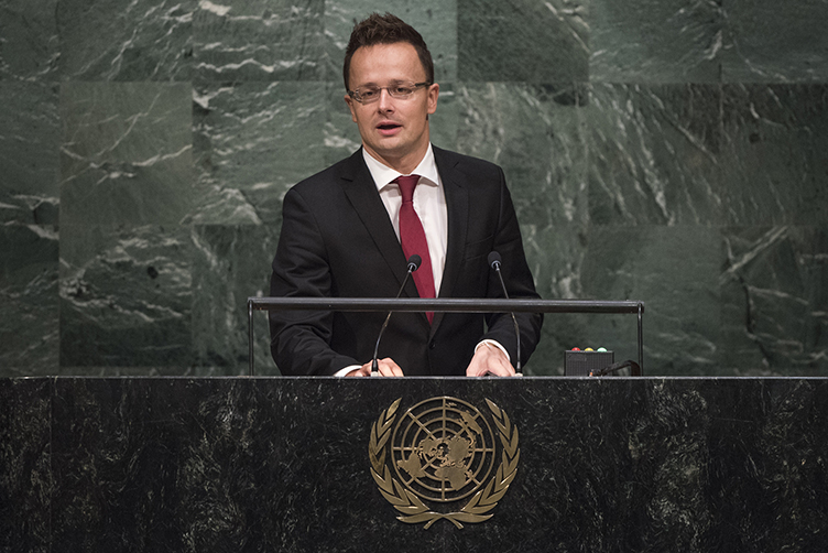 Szijjártó takes hard line with Romanian and Croatian counterparts at UN summit