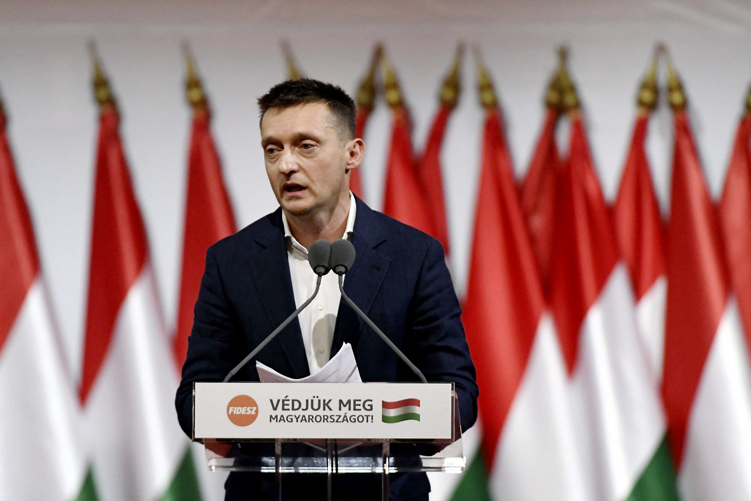 Fidesz's press department tried to keep Antal Rogán's national consultation forum a secret