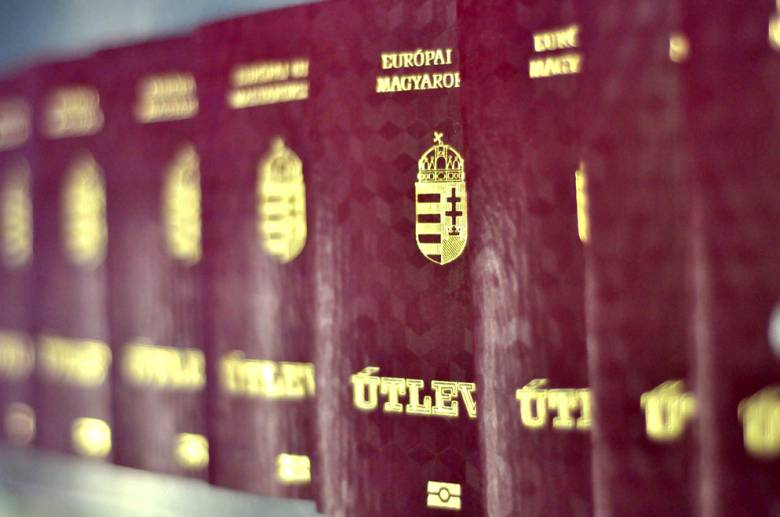 Government officials charged with granting Hungarian citizenships for money