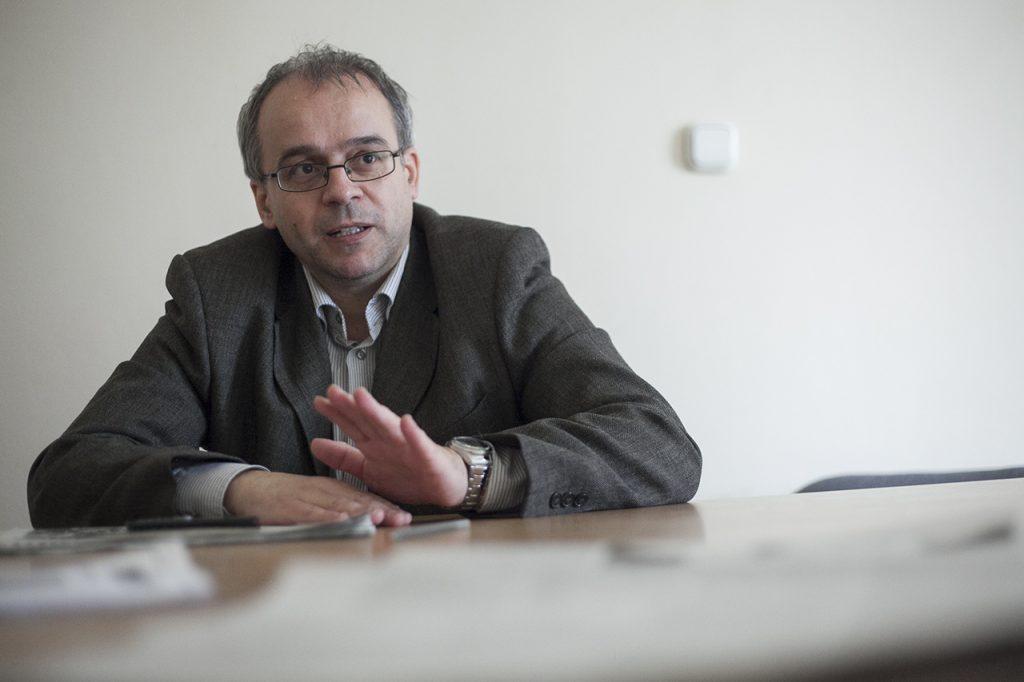 """""""I am convinced Lázár has his own Mészáros,"""" says former NAV whistleblower András Horváth"""
