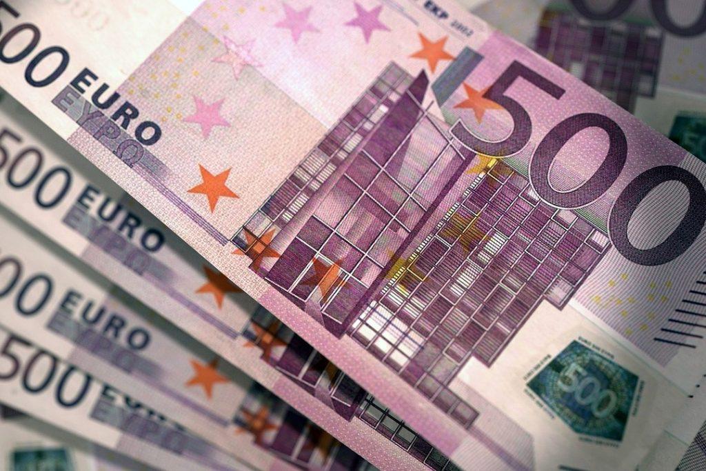 Magyar Nemzet drops hard report on EU fund kickback scheme, says FBI has a Hungarian in witness protection